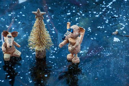 gold fir tree rat frozen lake background Stok Fotoğraf