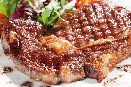carne asada: Gourmet carne asada en un plato Foto de archivo