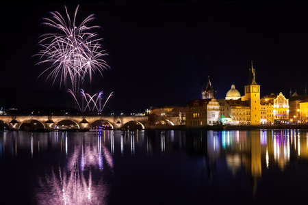 Fireworks during new year atmosphere in Prague, Czech Republick 版權商用圖片
