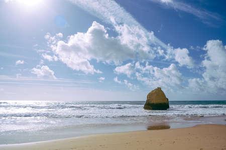 Landscape of the rocks, cliffs and ocean beach coastline Algarve Portugal, Europe. Sunny day, 2018. Panoramic nature beauty seascape, sunshine view Standard-Bild