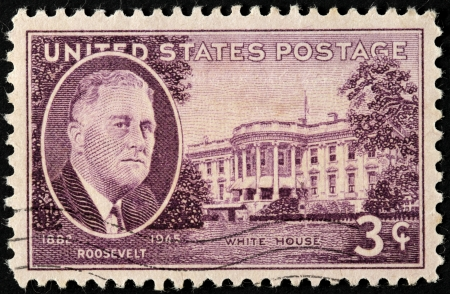 roosevelt: UNITED STATES - CIRCA 1945: A stamp printed by USA, shows image portrait of President Franklin Delano Roosevelt against White House, circa 1945