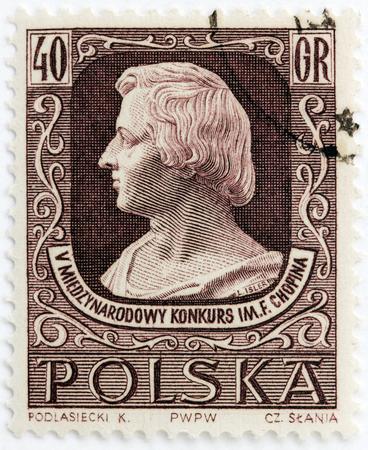 frederic: Polonia - alrededor de 1955: Un sello impreso por Polonia muestra retrato de la imagen del famoso m�sico y compositor polaco Frederic Chopin. 5 � Concurso Internacional de M�sica de Chopin, alrededor del a�o 1955.