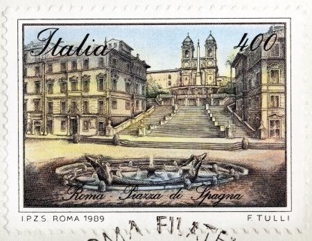 trinita: ITALY - CIRCA 1989: A stamp printed by ITALY shows view of The Spanish Steps (Scalinata della Trinita dei Monti) and Fountain of the Old Boat (Fontana della Barcaccia) in Rome, Italy, circa 1989.