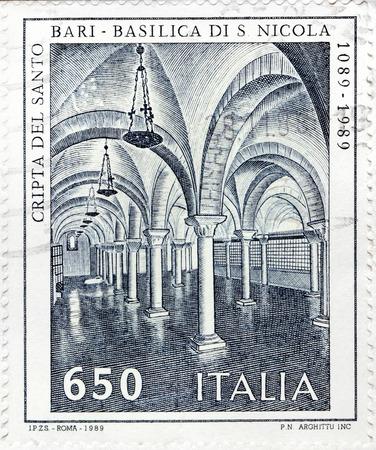 'saint nicholas': ITALY - CIRCA 1989: A stamp printed by ITALY shows view of Basilica of Saint Nicholas (Basilica di San Nicola) in Bari, Italy, circa 1989. Editorial
