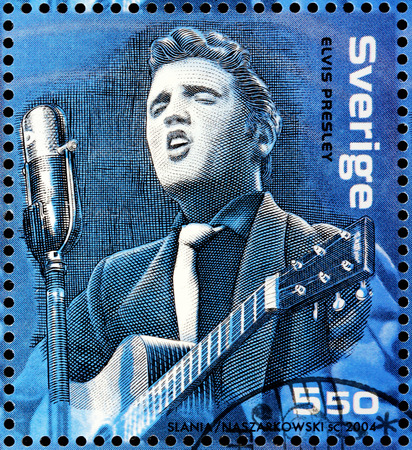 elvis: SWEDEN - CIRCA 2004: A stamp printed by SWEDEN shows image portrait of famous American singer Elvis Presley, circa 2004. Editorial