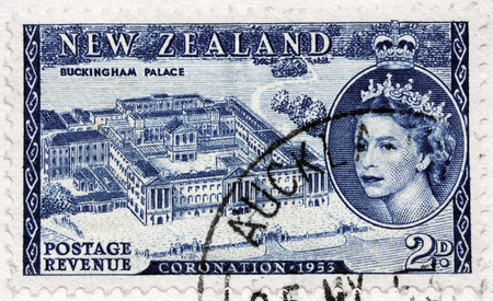 NEW ZELAND - CIRCA 1953: A stamp printed by NEW ZELAND shows birds eye view of Buckingham Palace and image portrait of Queen Elizabeth II, circa 1953