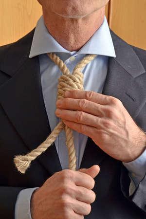 ahorcado: Ahorcado ajustar una cuerda soga como empate.