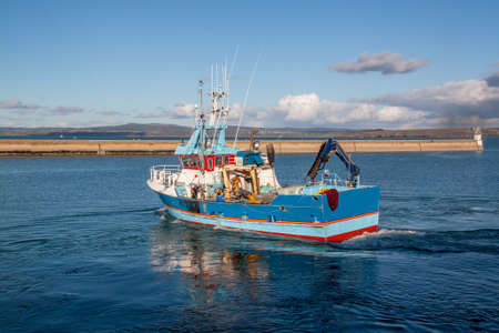 Leave trawler Douarnenez for a day of fishing in the Atlantic Ocean - Britain, France Stock Photo
