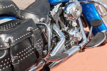 motorizado: cilindro del motor motocicleta grande