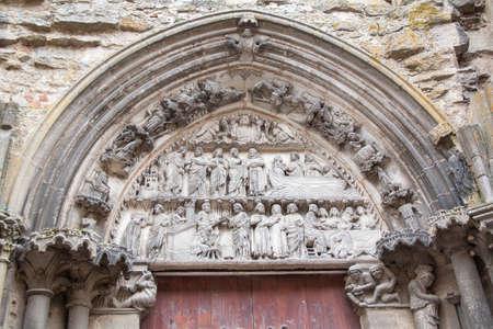 collegial: Sculpture of the entrance gate, collegial Notre Dame, Semur en Auxois, Cote dOr, Burgundy, France