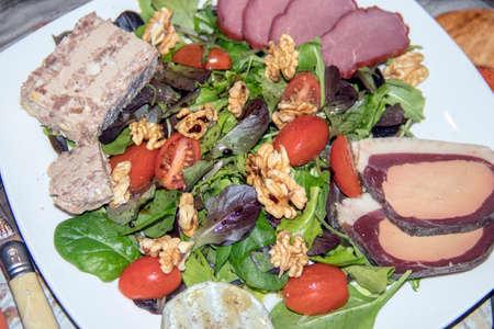 Pergourdine salad Imagens - 93774147