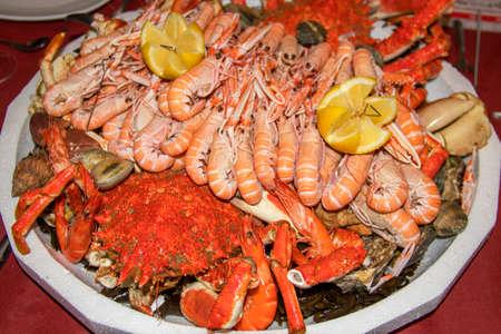 Seafood platter Imagens - 93774146