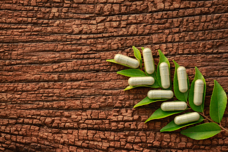 herbal medicine on wooden table 版權商用圖片