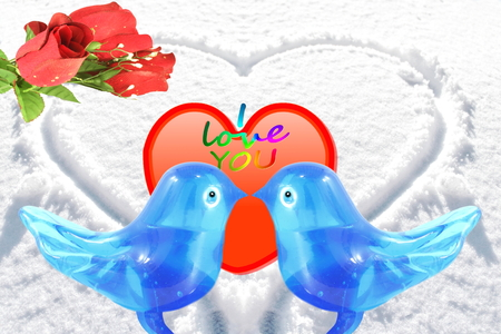 art and craft: bluebird lovebird glass art craft with heart and rose in snow background Stock Photo