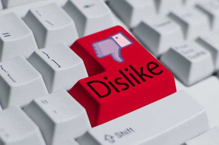 Dislike button (final) Stock Photo - 11944731