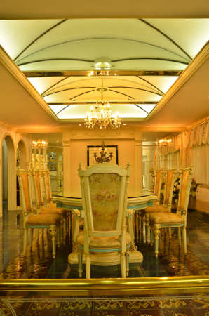 Grand Dinning Room ---ceiling photo
