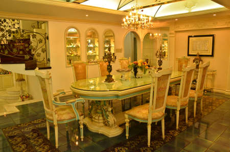 arredamento classico: Gran Dinning Room (angolo lontano) Archivio Fotografico
