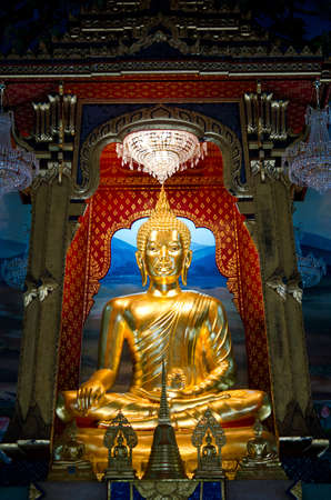 Golden Buddha in an ancient temple in Bangkok, Thailand Stock Photo - 12449687