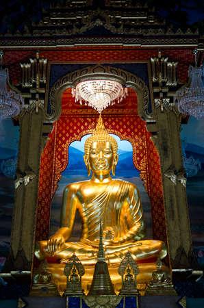 Golden Buddha in an ancient temple in Bangkok, Thailand Stock Photo - 12449687
