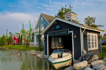 lifeboat station: Boat House beside the river in Bangkok. A place for tourism
