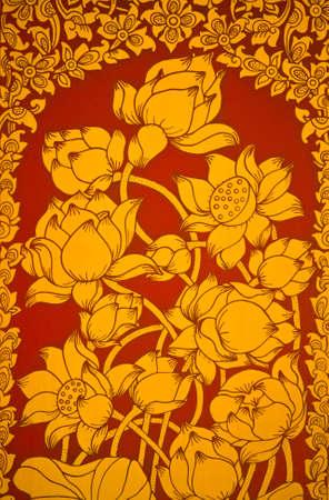 Starożytny tajski malowanie kwiat Mural kwiatów od wersji blakniÄ™cie Å›wiÄ…tyni Zdjęcie Seryjne