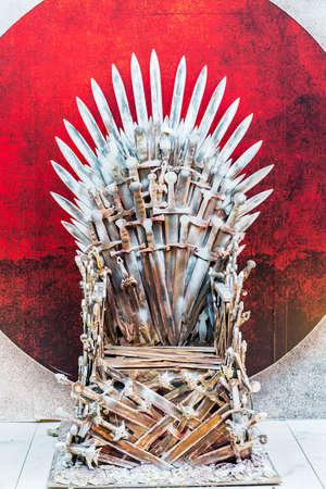 trono: El trono de un rey, señor de la guerra en el estilo de fantasía en el exterior