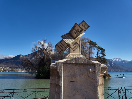 Annecy, France - December 07, 2018: Shot of a monument in the Gardens Of Europe. The shot is taken during a beautiful sunny day Standard-Bild - 117735412