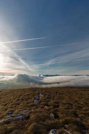 lucania: fog formation thet seems a wave