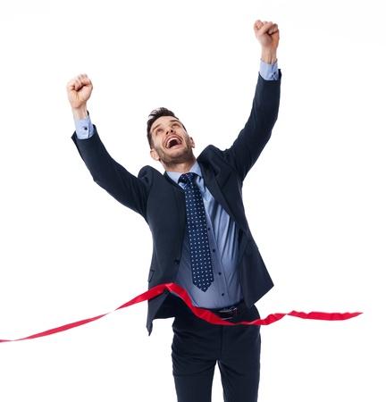 euforia: Hombre de negocios feliz con la victoria