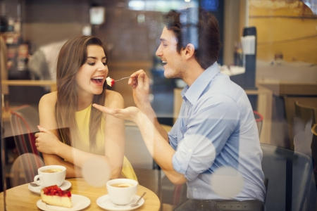 adult dating: Romantic dating in a cafe