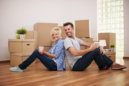 Coffee break while moving in Stock Photo - 22025479