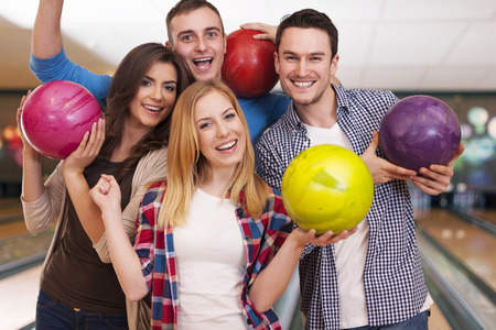 Bowling with friends is the best idea for entertainment  photo