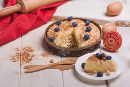 blueberry pie: Sweet blueberry pie with cinnamon