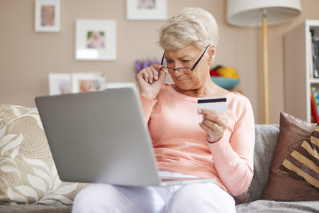 internet shopping: In every age you can pay for purchases by credit card