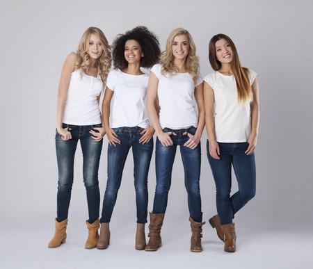 Amitié entre les filles est très forte Banque d'images - 35169413