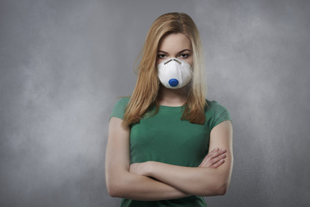 dust mask: Have a look like air pollution affect for us