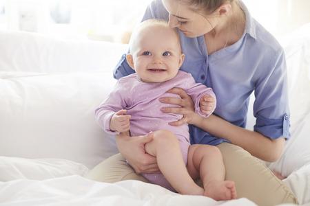 그녀의 아기 소녀와 어머니