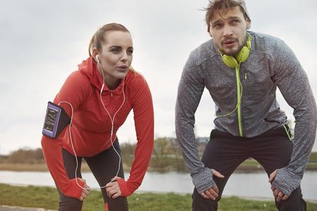 hombres corriendo: Nadie dijo que va a ser fácil, pero valdrá la pena!