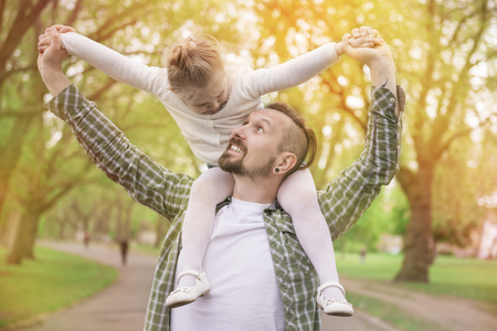 run faster: Daddy, can you run faster?