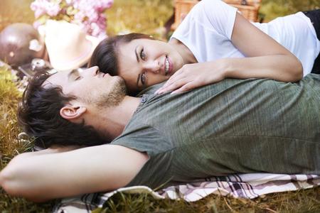 jovenes enamorados: Me gustaría que este era para siempre Foto de archivo