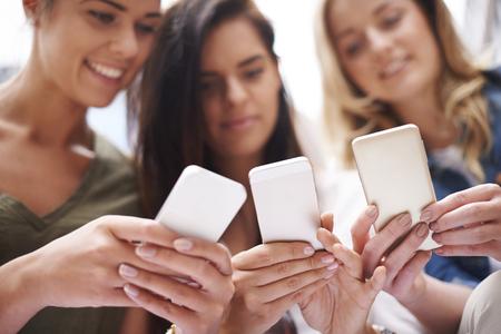vida social: Las redes sociales hacen la vida más interesante