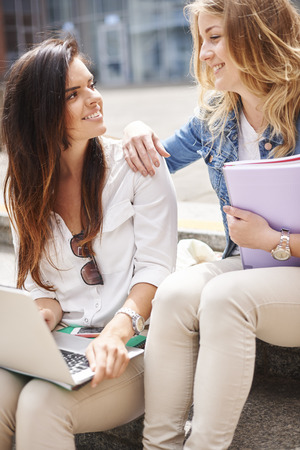 know how: She always know how help me in learning