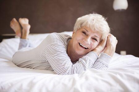 gente adulta: Me voy a quedar todo el día en la cama