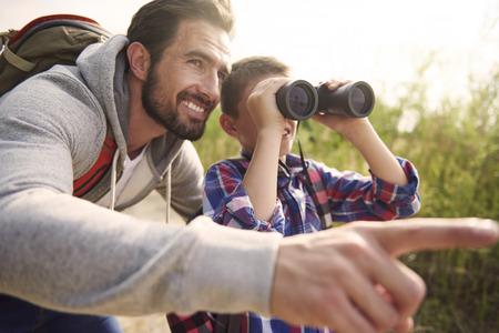 al aire libre: Aventuras de niño siempre es buena idea para el fin de semana