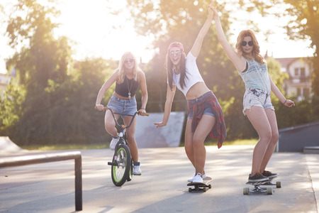 city bike: Girls just want to have fun