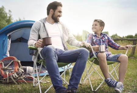 暑い夏はキャンプに最適な時間 写真素材
