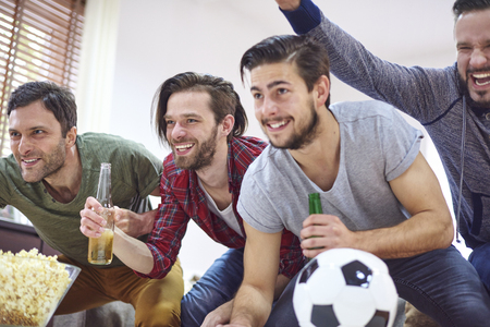 team sport: Big emotions while watching football match