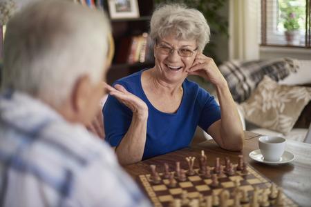 jugando ajedrez: Hoy es un buen día, así que han ganado