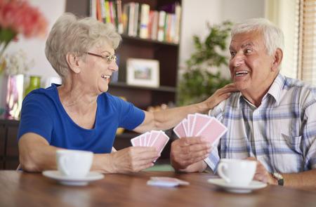 Speelkaarten is onze gemeenschappelijke hobby Stockfoto