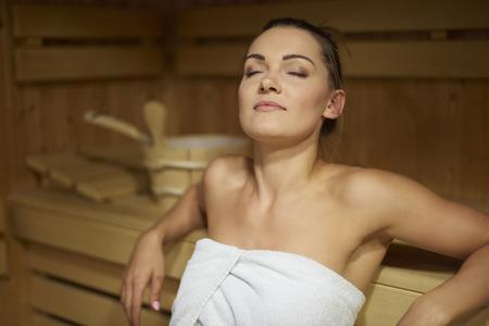 sauna nackt: Die Zeit nur für mich